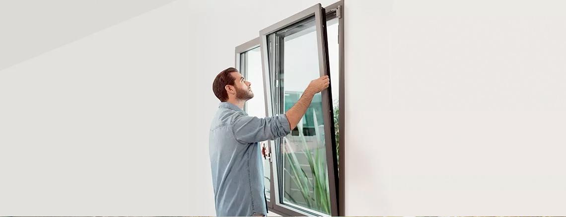 Instalación de ventanas aislantes de aluminio